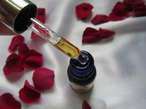 Blue-Nectar-Kumkumadi-radiance-glow-night-serum-2