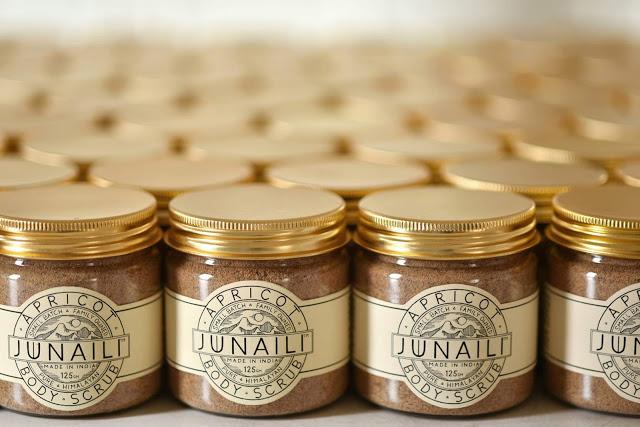 Junaili Apricot Scrub Review