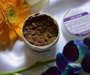 Aroma-Essentials-AHA-Mask-Texture