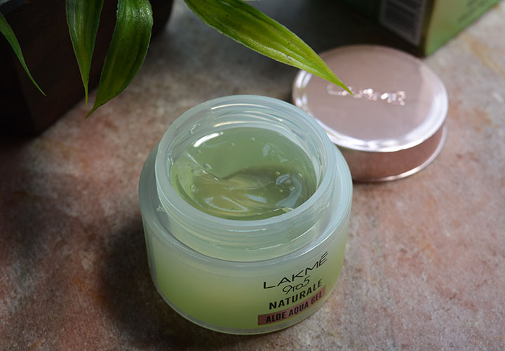 Lakme 9 to 5 Naturale Aloe Aqua Gel Texture