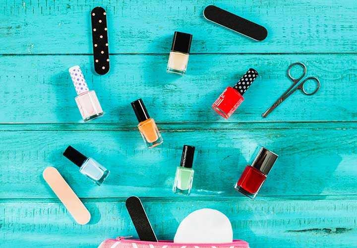 How to Do a Perfect Manicure at Home