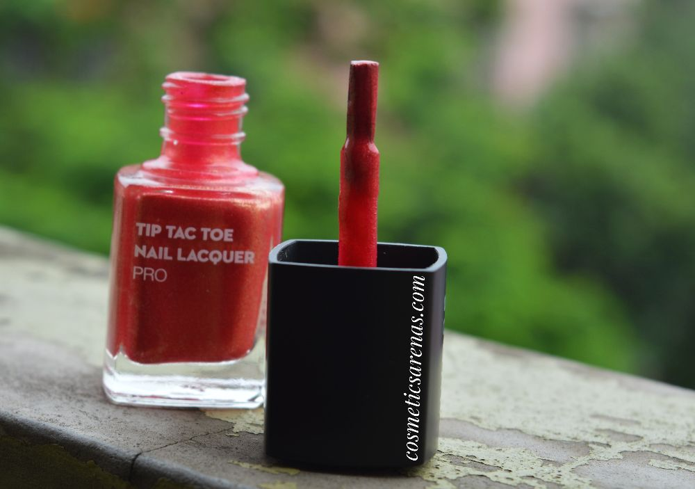 SUGAR Tip Tac Toe Nail Paint Pro Cherry Christmas Review