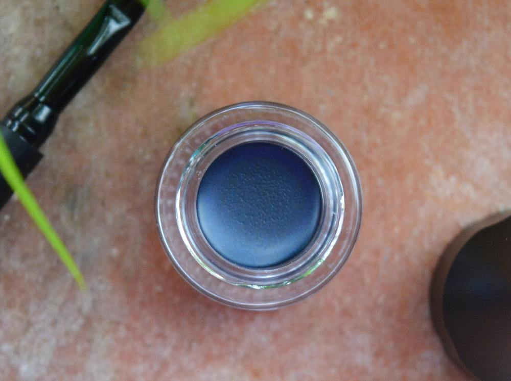 SUGAR Cosmetics Born to Wing Gel Eyeliner 02 Roadhouse Blues