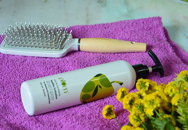 Plum Olive and Macadamia Shampoo Review