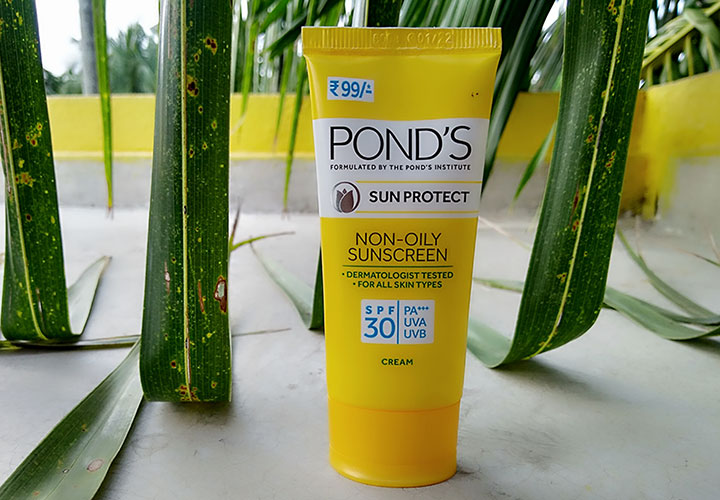 Pond's Sun Protect Non Oily Sunscreen SPF 30