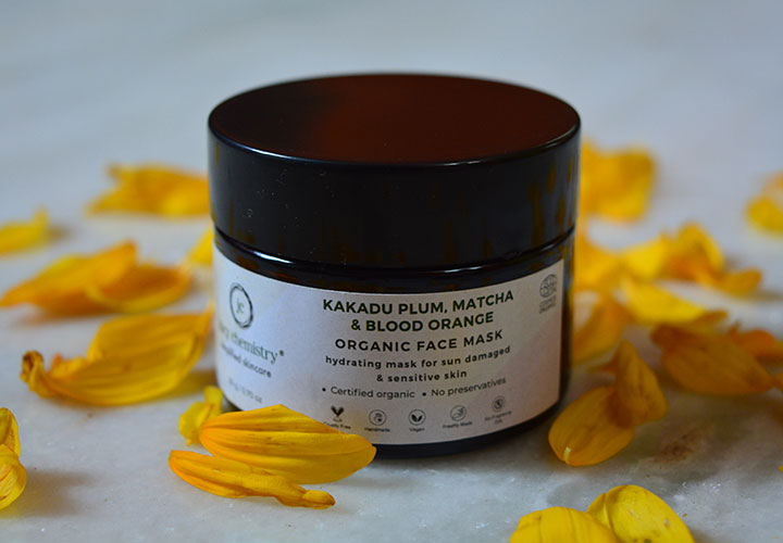 Juicy Chemistry Kakadu Plum, Matcha & Blood Orange Face Mask Review