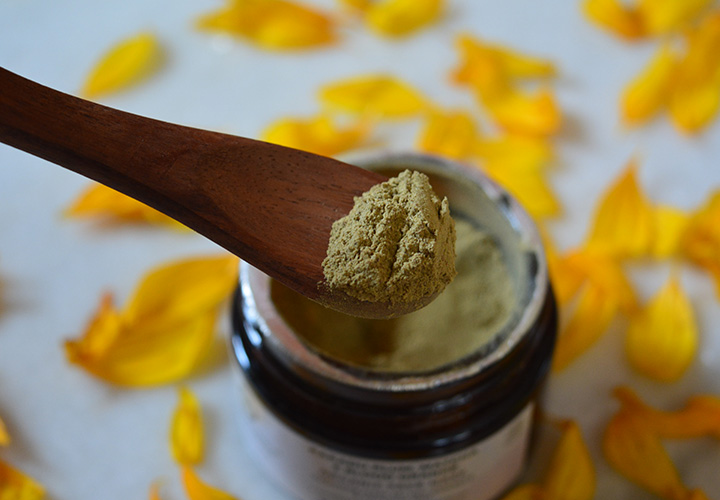 Juicy Chemistry Kakadu Plum Matcha Organic Face Mask