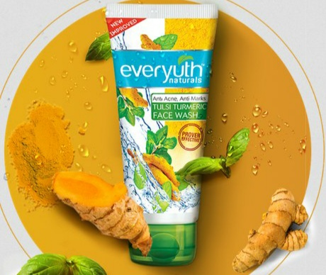 Affordable Face Wash in India Everyouth Naturals