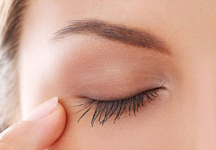Best Under Eye Creams in India