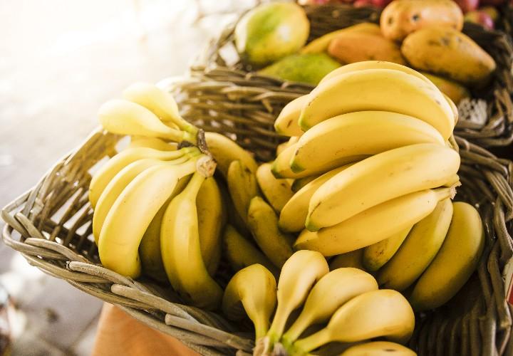 Banana Hair Mask Recipe to Make Hair Smooth