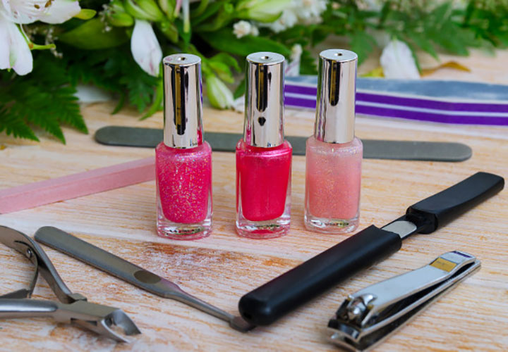 How to Do Manicure at Home With Nail Polish and Other Tools