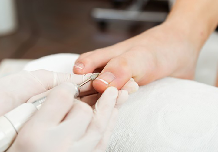 Shape Nails While Doing Pedicure at Home
