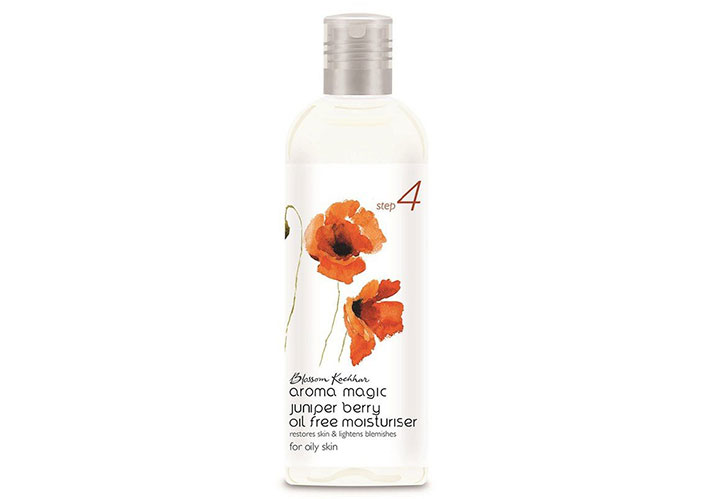 Aroma Magic Juniper Berry Oil Free Moisturizer Best Moisturizer for Oily Skin in India