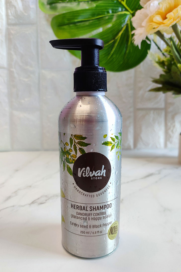 Vilvah Herbal Shampoo for Dandruff Control Review