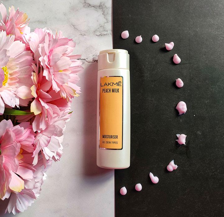 Lakme Peach Milk Moisturizer Texture