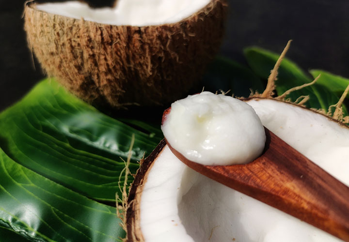 Texture of Palmer's Coconut Oil Deep Conditioning Protein Pack