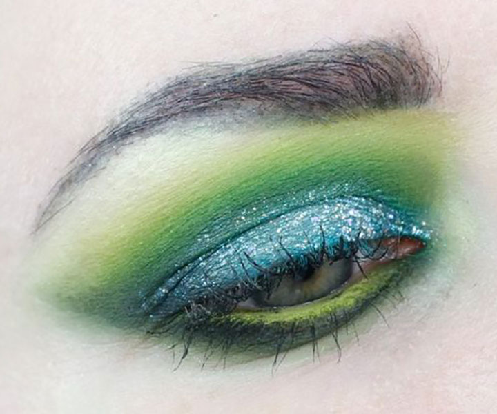 Bright Eye Makeup for Hooded Eyes