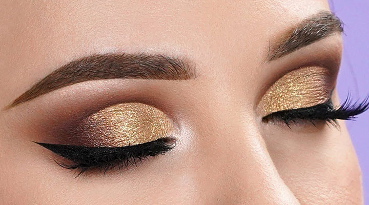 Glitter Cut Crease Eye Makeup