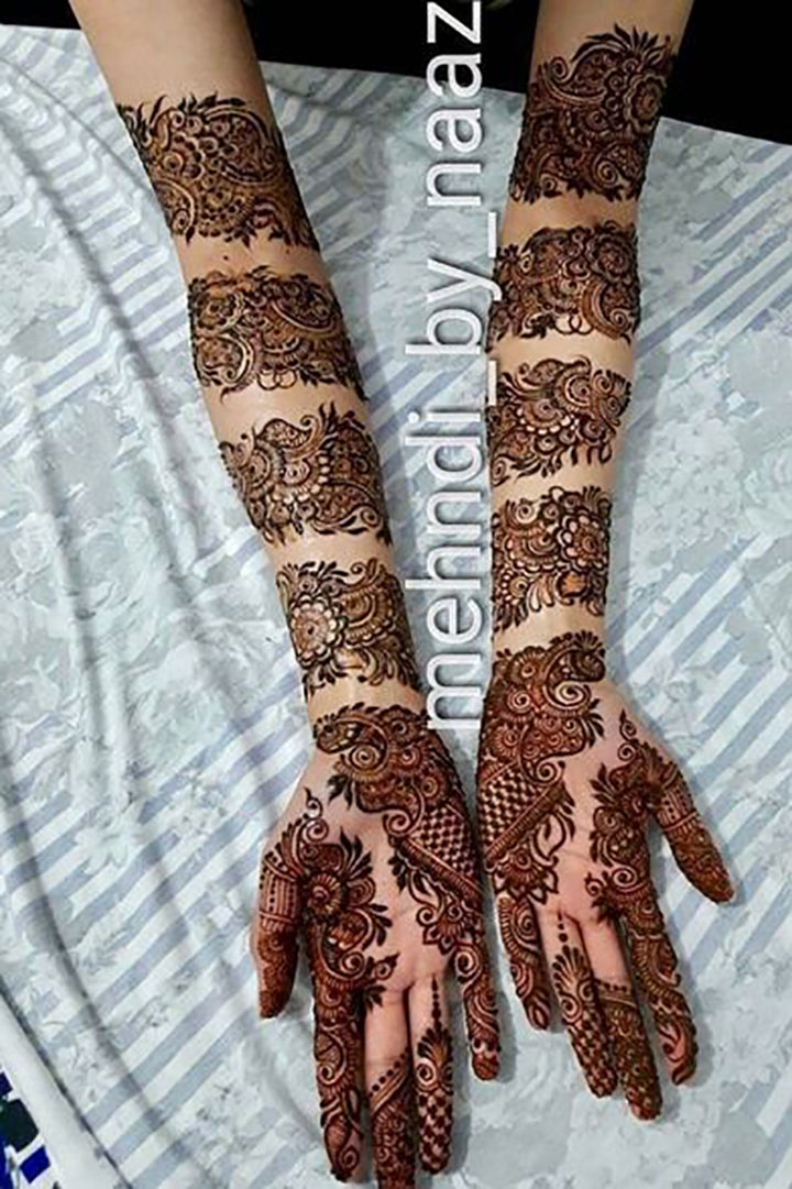 Another Trendy Bridal Mehendi Design Inspired by Bangles