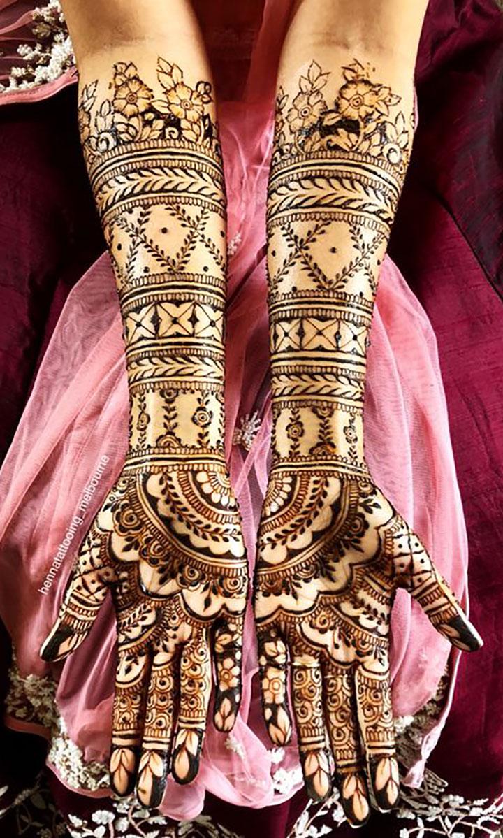 Ultimate Mehendi Look for Daytime Wedding