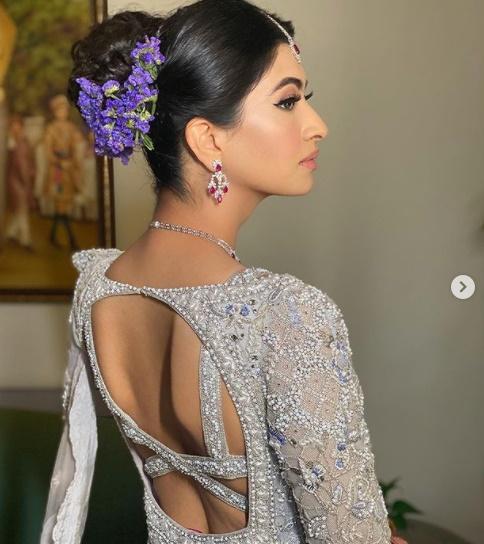 Gorgeous Bridal Blouse Design