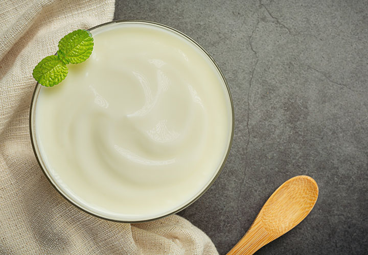 Green Tea and Curd Infused Hair Mask Recipe for Greasy Scalp