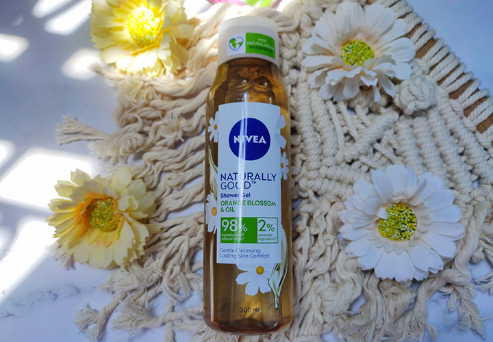 NIVEA Naturally Good Orange Blossom and Oil Shower Gel Review with Ingredient Analysis