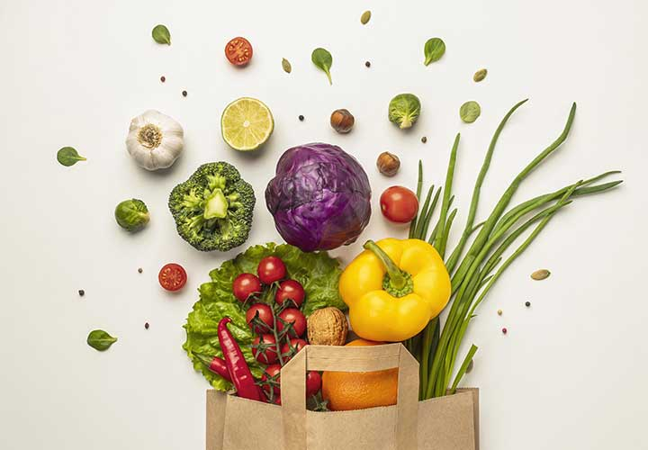 Proper Diet Containing Vegetables and Fruits is a Must to Control Post Pregnancy Hair Loss