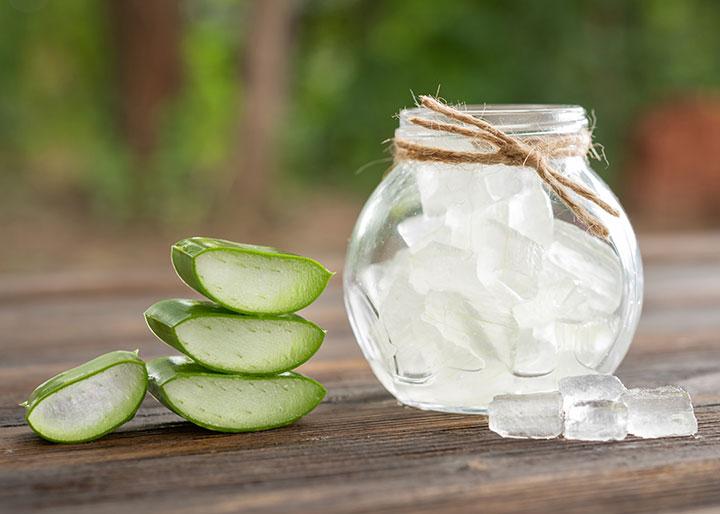 Aloe Vera and Sugar Exfoliator Recipe for All Types of Skin