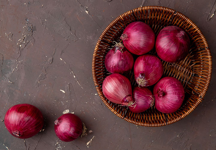 Onion Juice is Amazing for Healthy Hair Growth